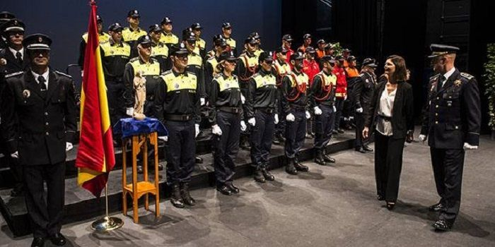 57278-la-policia-patrona