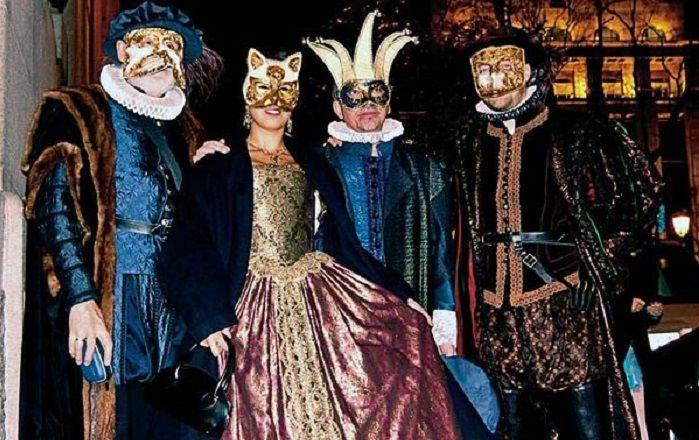 madrid_-asistir-a-un-elegante-baile-de-mascaras_
