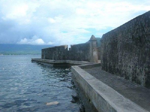 Fuerte-de-Kalamata-en-Isla-de-Ternate