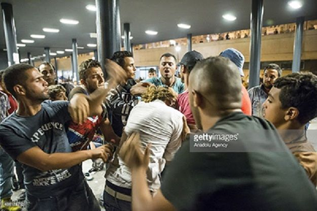 agresion-grupo-musulmanes