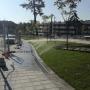 El Gobierno de Pozuelo, en la calle Mercedes de la Cardiniere, mantiene el gusto por el hormigón y olvida el respeto al medioambiente y al agua. Un artículo de Juan Pozuelo